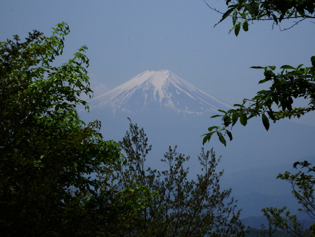富士山_避難小屋MA_2015.05.10.jpg